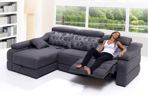 2011 marzo mobel madrid online for Sofas pequenos y comodos